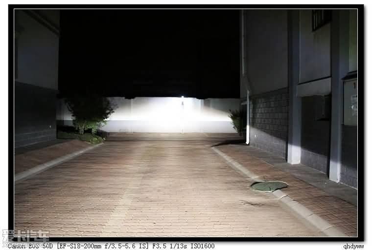 小系Q5透镜灯光效果图